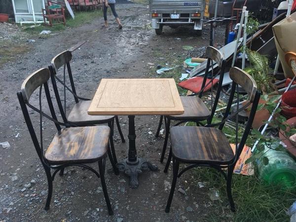 Bàn ghế cafe thanh lý mẫu mới