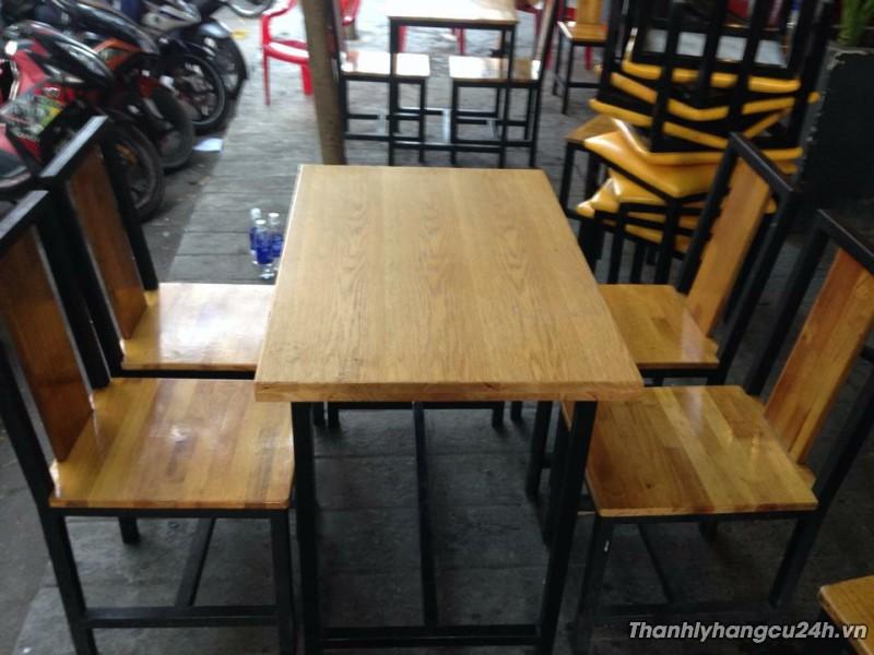 Thanh lý bàn ghế nhà hàng chân sắt