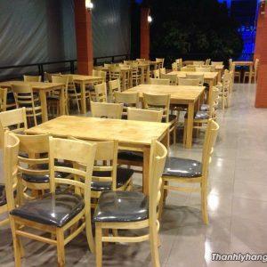 Thanh lý bàn ghế nhà hàng mới 98%